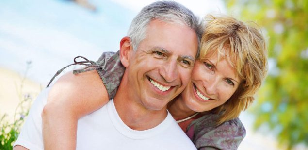 Wills & Trusts happy-couple Estate planning Direct Wills Berkshire